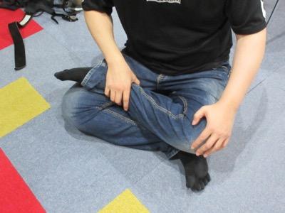 交通事故で左半身に麻痺が残るSA様の座り方